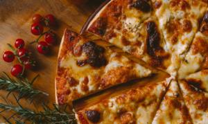 Read more about the article เคล็ดลับความอร่อย ซอสพิซซ่ากับเมนูต่างๆ